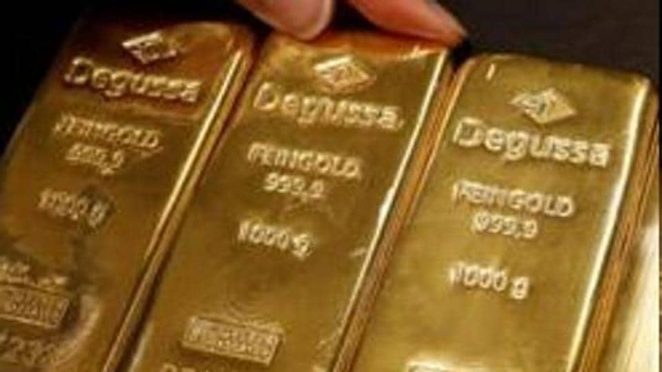 Gold prices were little changed on Thursday after declining up to 1% in the previous session.