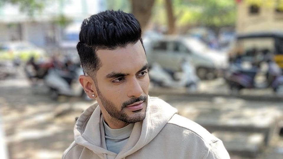 Angad Bedi has worked with Subhash Kapoor on The Verdict.