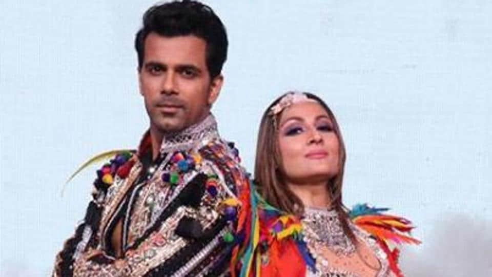 Urvashi Dholakia and Anuj Sachdeva during a performance on Nach Baliye 9.
