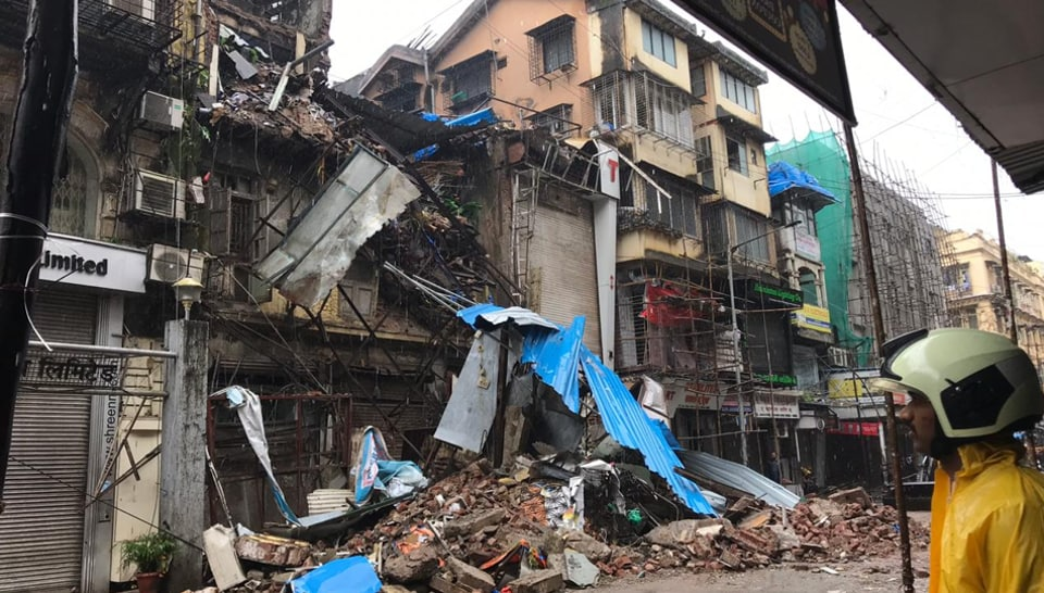 Mumbai – 4 storied building collapses at Lokmanya Tilak Road.
