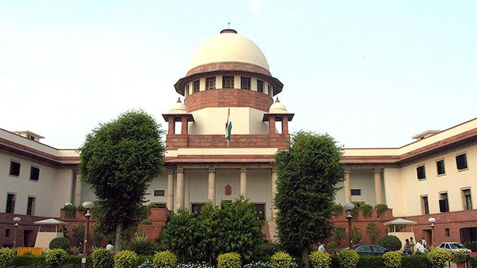 The Supreme Court also said it had received a report from the Chief Justice of Jammu and Kashmir High Court and claims that people are unable to access the court there are not supported.