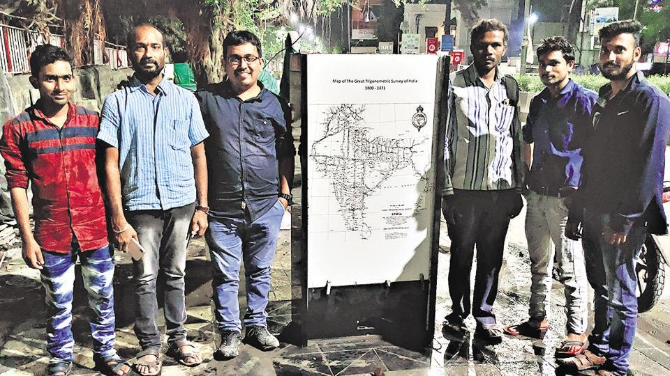 Abhijit Kondhalkar, architect and urban designer (third from left) with his team that was responsible for the fabulous beautification and restoration of the Pune's Zero Mile Stone.