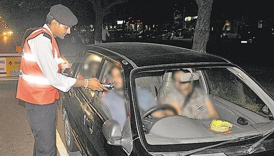 Three drunk businessmen from Ludhiana allegedly assaulted a constable and home guard jawan posted with the Sector 26 police station in Chandigarh late on Friday night.