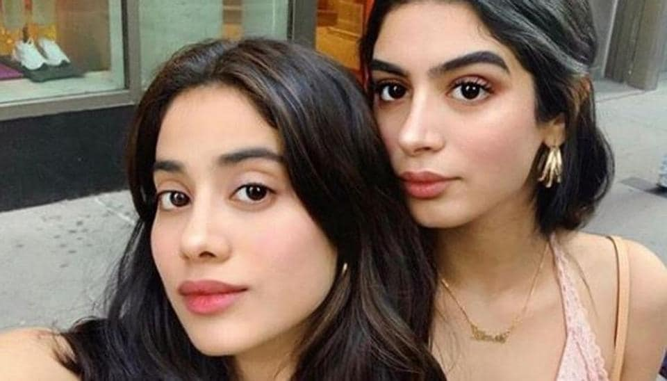 Janhvi Kapoor with her sister Khushi Kapoor in New York.