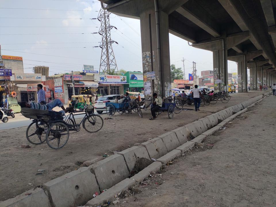 Rickshaw-pullers have encroached upon the area under the flyover in Zirakpur.