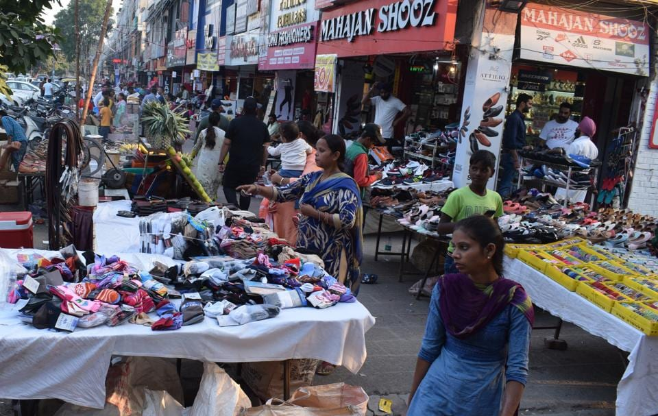 Even as the MC General House has discussed the issue of encroachments in markets several times, the civic body has failed to curb it.