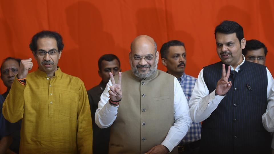 Shiv Sena president Uddhav Thackeray along with BJP national president Amit Shah and Maharashtra Chief minister Devendra Fadnavis.