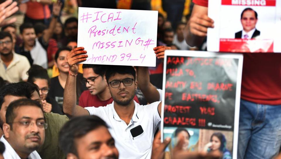 Students from the Institute of Chartered Accountants of India (ICAI) hold placards and raise slogans during a protest demanding a revaluation of their answer sheets, outside ICAI Central Delhi Office, at ITO, in New Delhi, India, on Thursday, September 26, 2019.