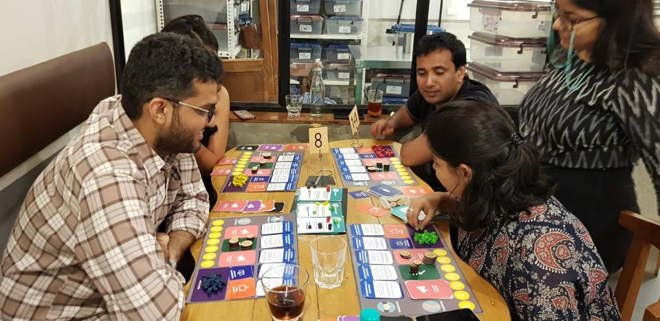 In Poll, a game created by political journalist Abeer Kapoor, each player is contesting an election and  must pick allies and conspire against rivals.
