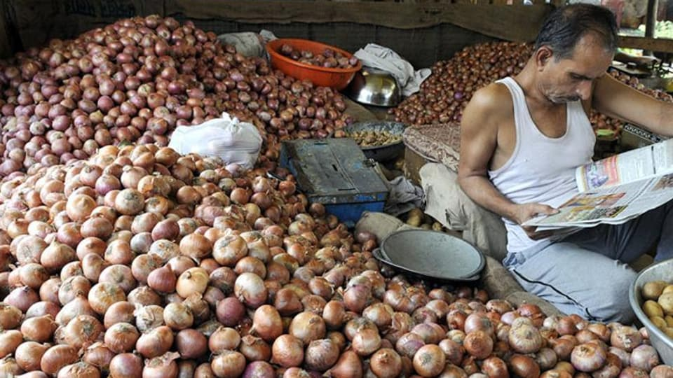 Centre prohibits export of all varieties of onions amid rising prices