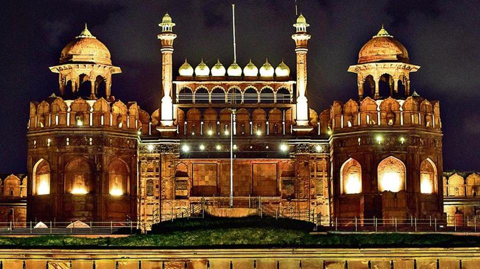 A view of the illuminated Red Fort, in New Delhi, India, on Saturday, September 28, 2019. (Photo by Amal KS / Hindustan Times)