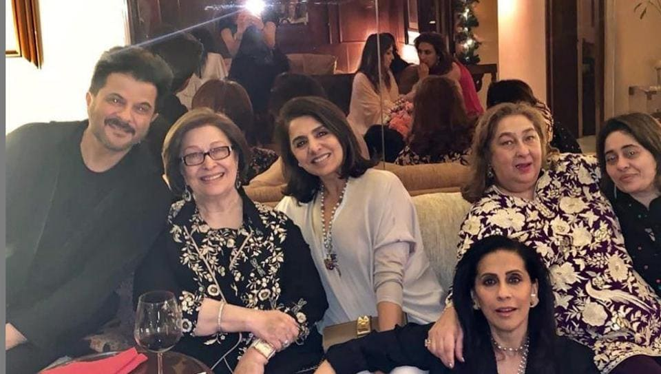 (From left) Anil Kapoor, Ritu Nanda, Neetu Singh, Sunita Kapoor, Rima Jain and Nitasha Nanda at the get-together.