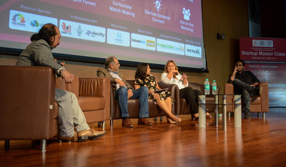 (From left) Nitin Parab, Girish Bhagat, Vandana Saxena, Francesca Vitale and Jeet Vijay during the pannel discussion on startup synergies in a borderless world at Startup Master Class, IISER, Pashan in Pune, on Sunday.