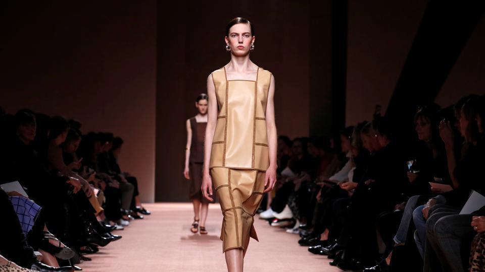 When Is Paris Fashion Week 2020.Paris Fashion Week 2020 Culture Wars Rage On The Catwalk