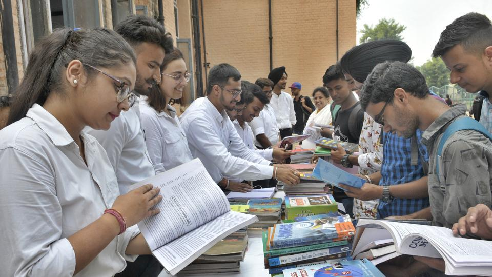 Students from Delhi government schools on Saturday presented their entrepreneurial ideas along with college-goers from across the country at Pitch Cafe 2.0. (Representational image)