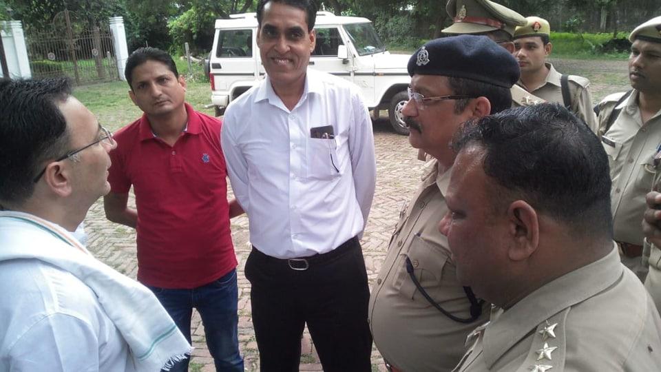 Jitin Prasad being held in preventive custody by UP police. ( Photo @JitinPrasada)