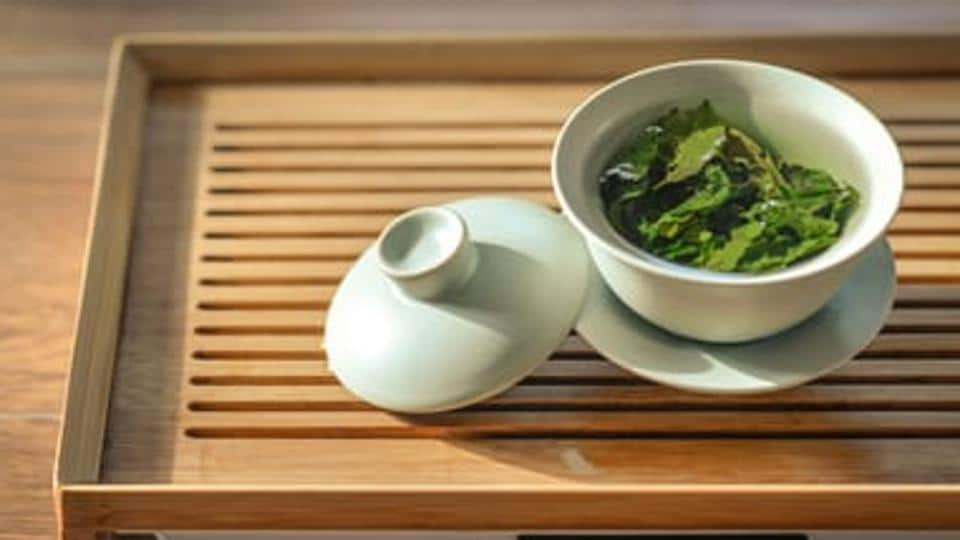 It is now a proven fact that antioxidant commonly found in green tea can possibly terminate antibiotic-resistant bacteria.