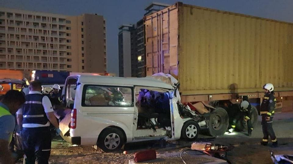 A minibus collided with a lorry killing seven Indians and a Pakistani national in Dubai.