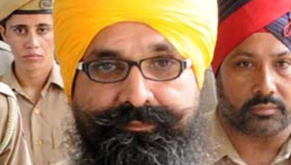 Former chief minister and Shiromani Akali Dal (SAD) patriarch Parkash Singh Badal on Monday lauded the central government's decision to commute Balwant Singh Rajoana's death sentence to life imprisonment