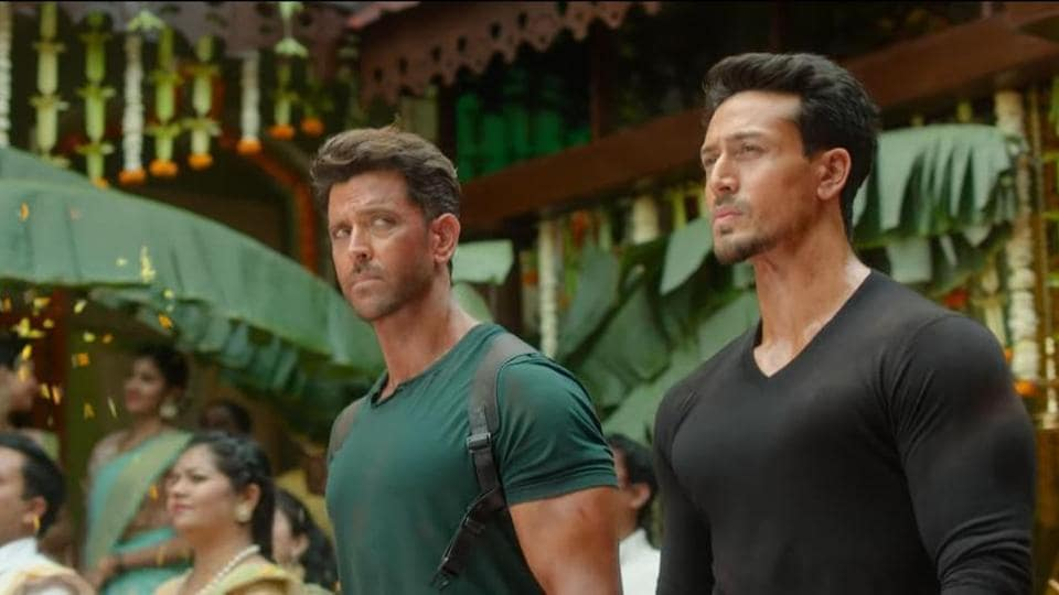 War box office collection day 1: Tiger Shroff and Hrithik Roshan plays rivals in War.