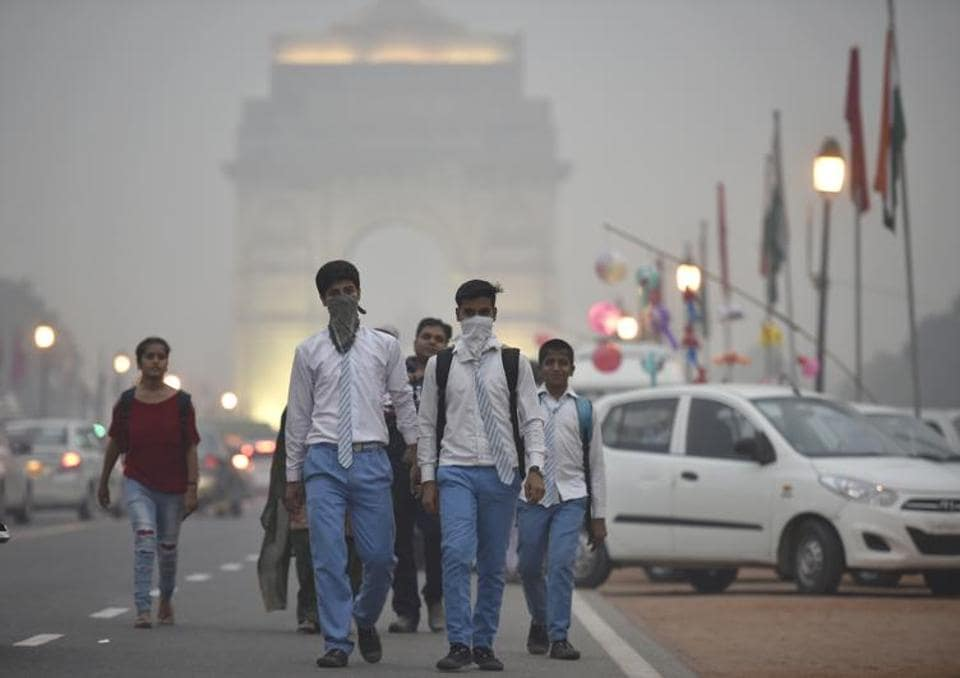 According to a 2016 study by the University of Cambridge, even in a city like Delhi, you would have to walk outdoors for six hours and fifteen  minutes a day for the negative effects of pollution to outweigh the benefits of walking.