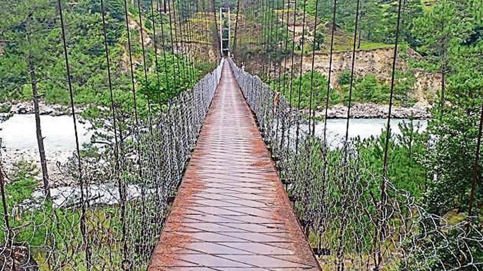 The mule suspension bridge over Lohit River.
