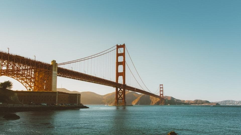 The Golden Gate Bridge is the one of most famous landmarks in the world that manages to impress even the most experienced travellers with its stunning 1.7-mile span.