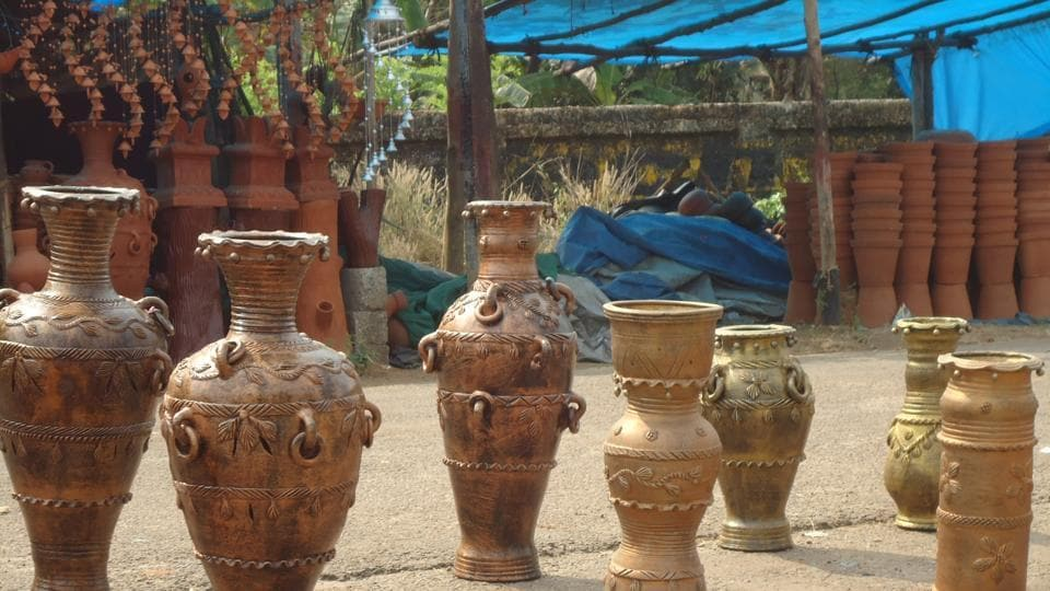 With an aim to showcase the county's rich handicraft heritage while making it accessible for the world to experience, the project provides an immersive tour of varied Indian craft forms.