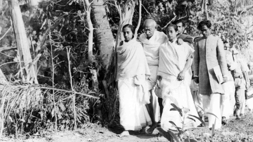 Gandhi touring Noakhali in 1946, as part of his peace mission.