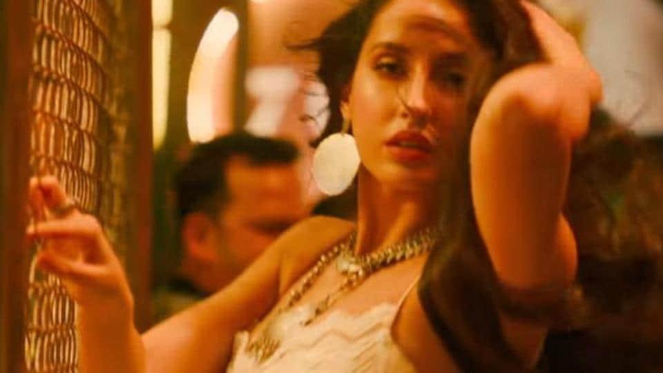 Nora Fatehi features in Ek Toh Kam Zindgani in Marjaavaan.