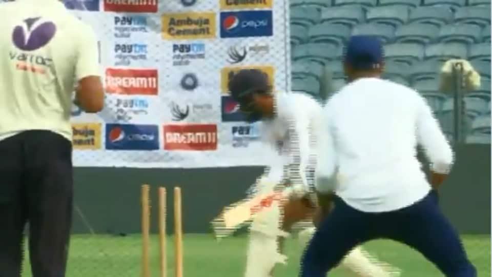 Virat Kohli was knocked over by Ravindra Jadeja
