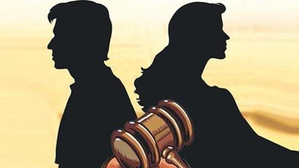 The husband had approached the Supreme Coutt challenging the order of Hyderabad High Court, which had dismissed his appeal against the family court order rejecting his prayer to grant a decree of divorce.