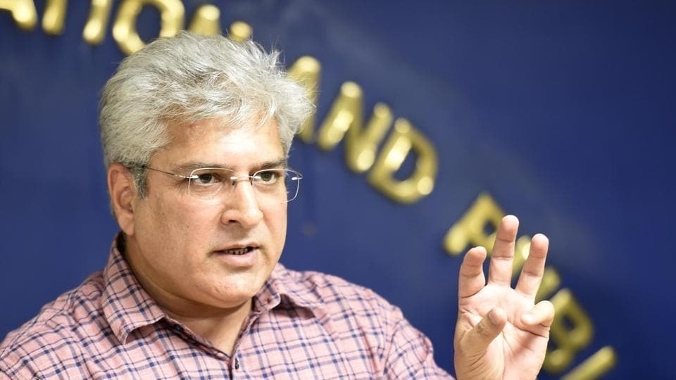 In a letter to the municipalities, Gahlot said that the Delhi Pollution Control Committee (DPCC) had issued directives to the three civic bodies (north, south and east Delhi municipal corporations) that idols and plastic waste from the artificial ponds has to be cleared within 48 hours from immersion.
