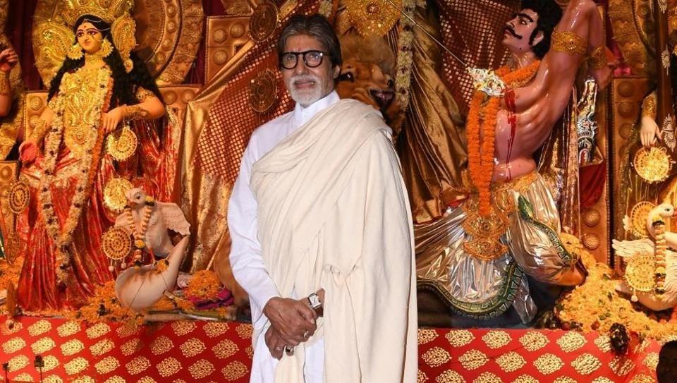 Amitabh Bachchan at a Durga Puja pandal in Juhu, Mumbai on Oct 6, 2019.