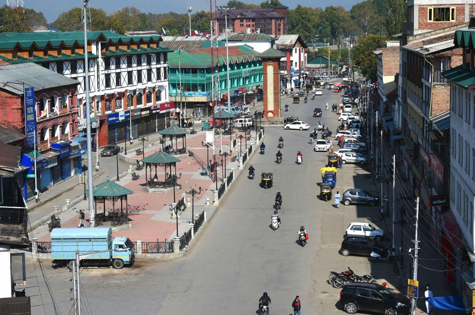 A view of Lal Chowk during restrictions in Srinagar. About 800 people, including top politicians, have been under detention since the Centre moved to revoke J&K'sspecial status and to split the state into two Union territories in August. Around 250 of them have been shifted out of Kashmir.