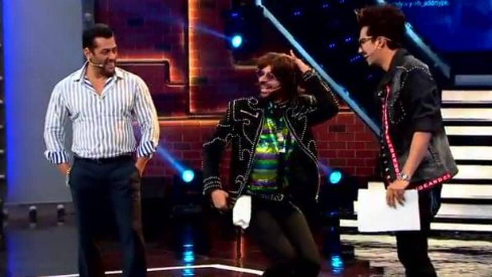 Bigg Boss 13 Weekend Ka Waar: Sunil Grover and Harsh Limbachiyaa will join Salman Khan on stage.