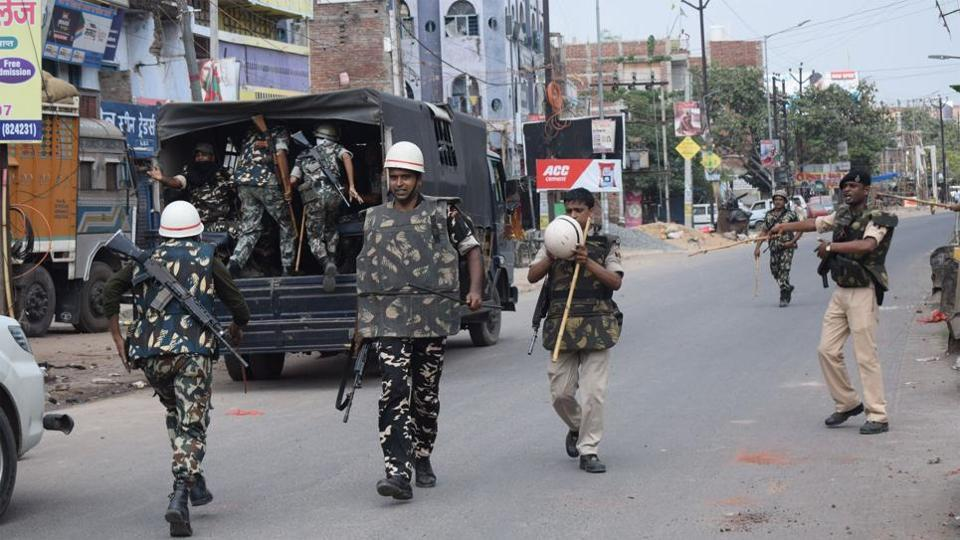 Police and paramilitary forces try to contain fresh round of communal violence in Bihar's Jehanabad town.