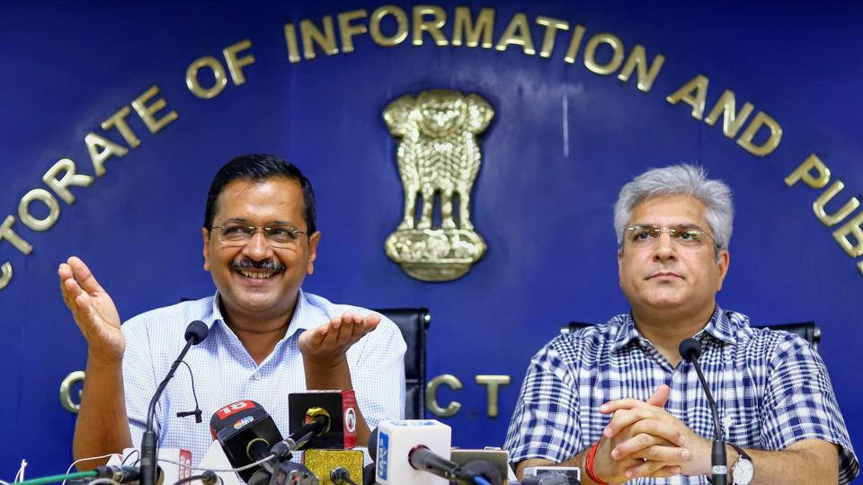 Delhi Chief Minister Arvind Kejriwal and State Transport Minister Kailash Gehlot address a press conference, in New Delhi. Women will be exempted from the odd-even road rationing scheme which is set to return in the national capital for the third time from November 4-15, Kejriwal announced. (PTI)