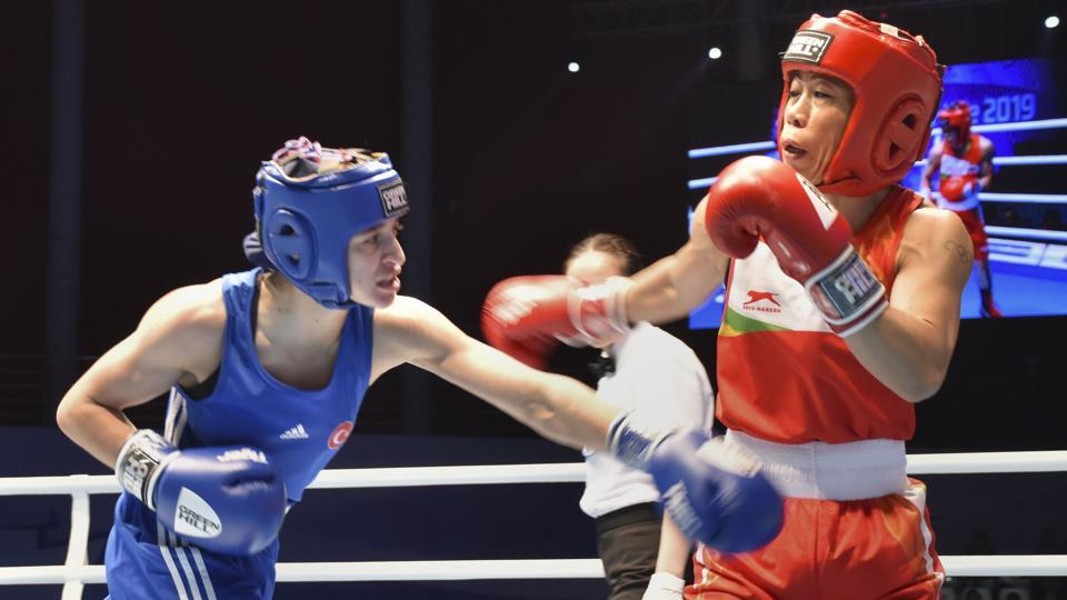 Six-time champion MC Mary Kom in action against Turkey's Busenaz Cakiroglu during the World Women's Boxing Championships in Ulan-Ude, Russia. Kom, seeded third, lost 1-4 to second seed Cakiroglu. (PTI)