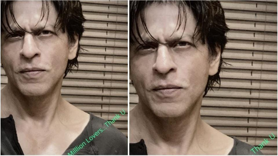 Shah Rukh Khan thanked his fans with a selfie.