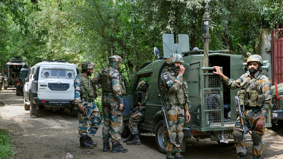 Two militants, including a suspected Pakistan national, shot dead the driver of a Rajasthan truck and assaulted an orchard owner in South Kashmir Shopian. Image used for representational purpose only.