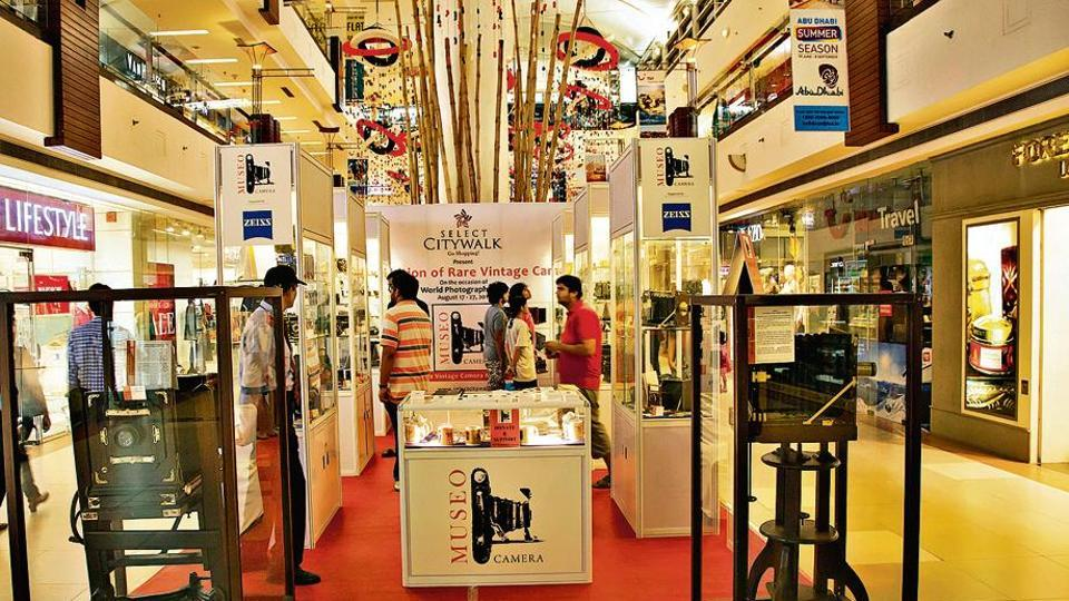 Photographer Aditya Arya organised over a dozen curated pop-up camera museums across Delhi-NCR in malls, clubs, schools, etc.