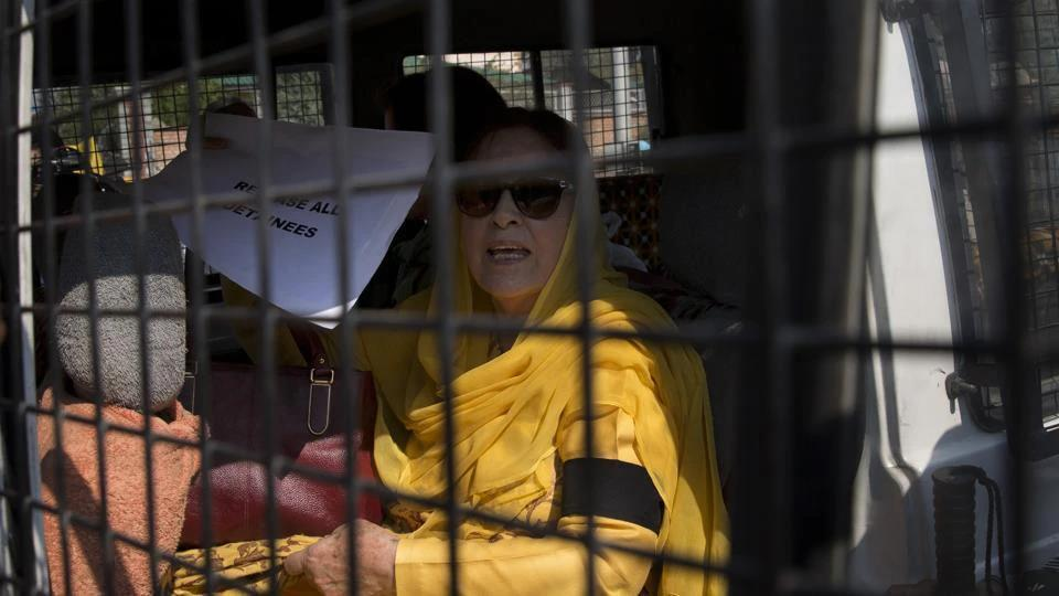 The sister and daughter of former J&KChief Minister Farooq Abdullah were released along with 11 other women arrested for violating section 144 in Srinagar