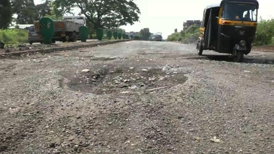 A minister in Madhya Pradesh cabinet has said that the state government will make the state roads like Hema Malini's cheeks.
