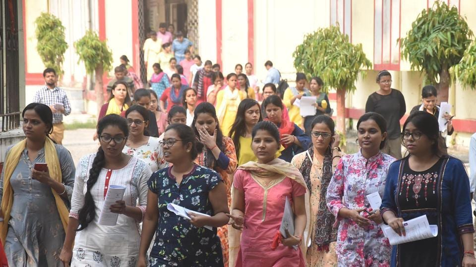 Students after BPSC examination at Bankipur girls high school in Patna Bihar India on Tuesday Oct 15,2019 ( Photo ht /Hindustan Times )