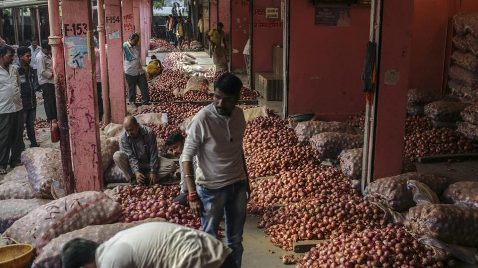 Food and Civil Supplies Minister of Delhi wrote to Union Consumer Affairs Minister Ram Vilas Paswan, requesting him to direct National Agricultural Cooperative Marketing Federation (NAFED) to supply 10 trucks of onions everyday for the next 10 days for Delhi.