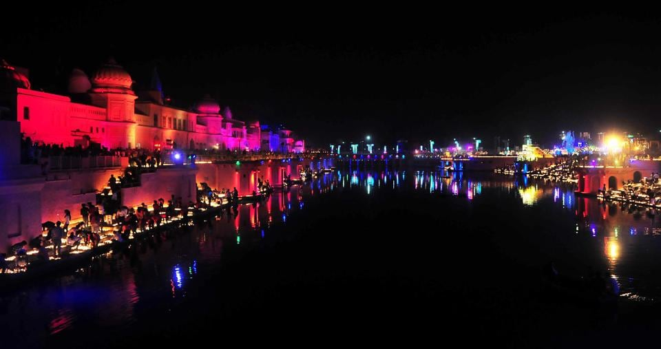 Over 3,00,00 lamps were lit at Ram Ki Paidi in Ayodhya for Deepotsav celebrations in 2018