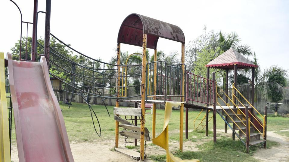 Fourteen people were injured after a swing collapsed in Shahadra's Anand Vihar on Friday night. (Representative image)