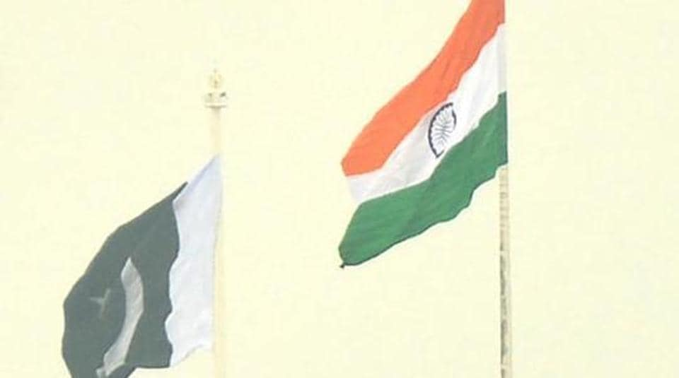 Indian delegation waited for about 45 minutes at the zero point in Munabao but the Pakistani rangers didn't turn up.