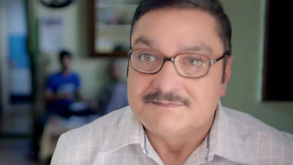 Chhappad Phaad Ke movie review: Vinay Pathak in a still from the new Hotstar film.